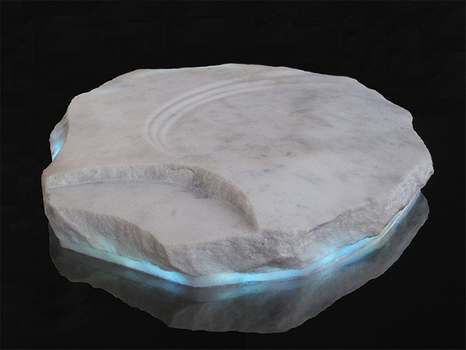 Mike MacGregor, Ice Floe 2014, white chillagoe marble , LED strip, 8x40x36cm.
