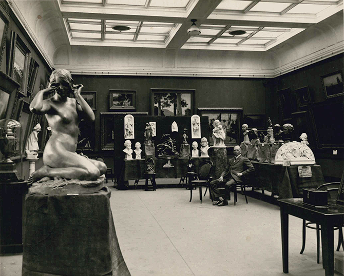 Howard Brown (photographer) Untitled (Hitchcock Gallery with an exhibition of Paul Montford's sculpture) 1924, black & white photograph. Geelong Gallery archives. The Iron Duke–soldier and statesman, Geelong Gallery Little Malop Street Geelong (VIC) 16 May to 16 August 2015